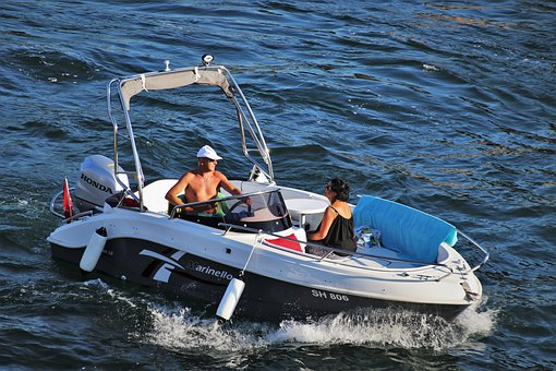 atrakcyjny wynajem łodzi bez uprawnień na mazurach