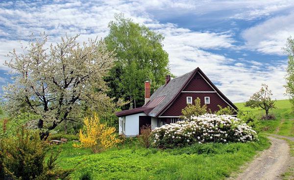 dom na sprzedaż na kaszubach z garażem
