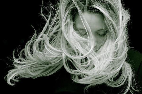 szampon do włosów przedłużanych